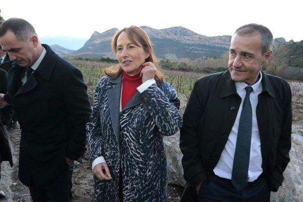 11/12/16 - La ministre de l'Environnement Ségolène Royal en visite à Patrimonio après les inondations du 24 novembre en Haute-Corse.