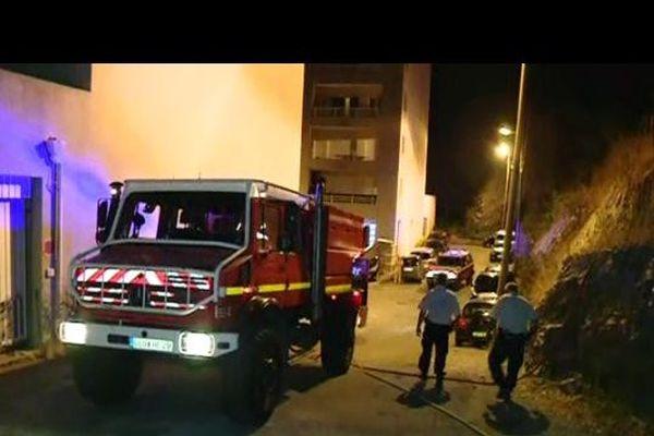 L'incendie qui s'est approché très près du quartier du Fango a pu être maîtrisé rapidement, et n'a pas touché les habitations.