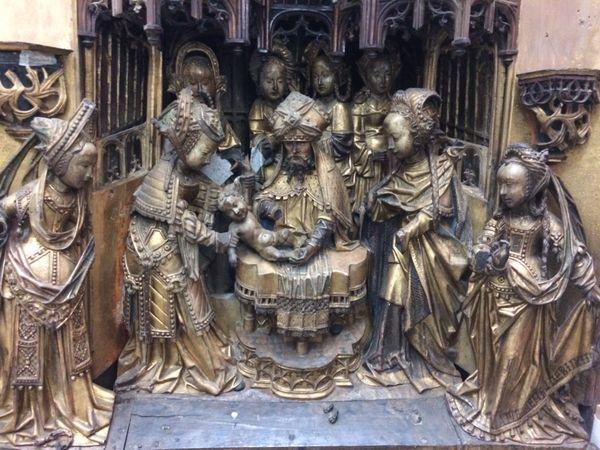 Un relief du retable de la cathédrale Saint-Pierre de Rennes : la circoncision de Jésus