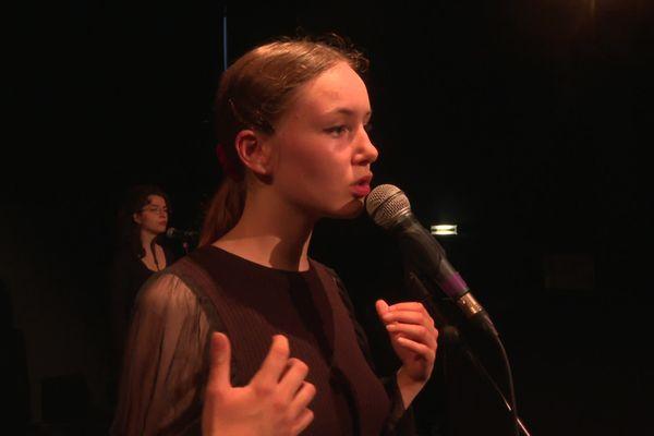 Jeanne Bonjour et Ninnog Memin en pleine répétition à Rennes. La chanteuse sera en première partie des concerts organisés pour la Fête de la musique à l'Olympia.