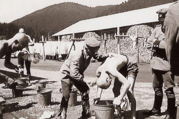 Une scène de la vie du camp
