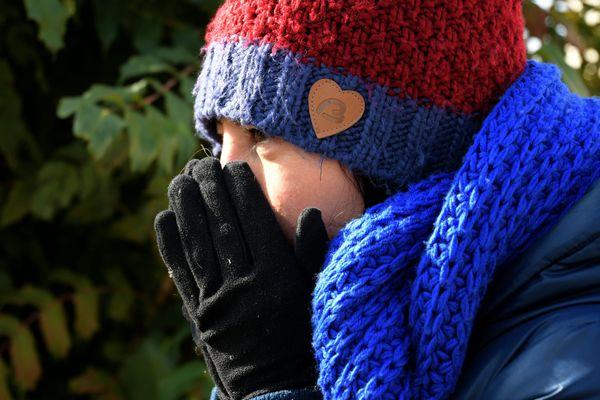 Vague de froid : les températures sont 10°C en dessous des normales saisonnières.