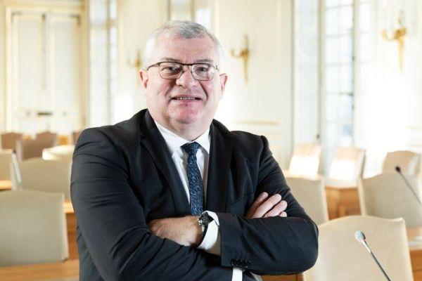 """Pour Christian Bruyen, président du conseil départemental de la Marne, """"l'Etat doit travailler en transparence avec nous""""."""