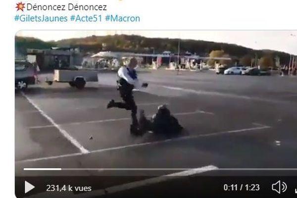 Screenshot de la vidéo publiée sur Twitter