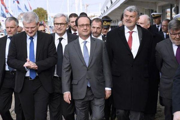 François Hollande à son arrivée à La Rochelle pour les Assises de la Mer.