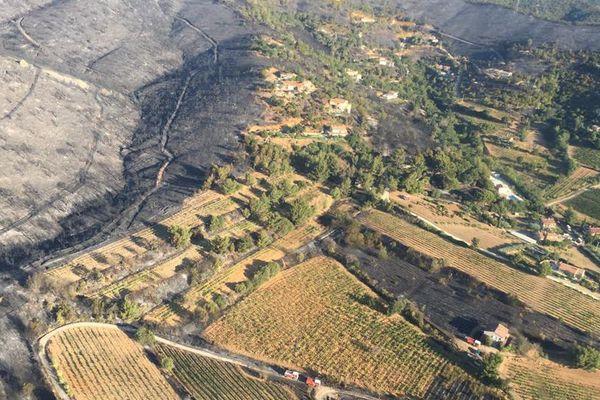 Plus de 400 hectares déjà brûlés entre Hyères et La Londe.
