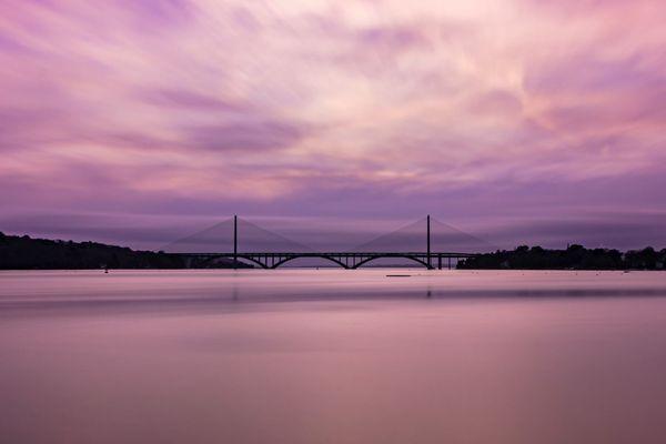 Le pont de l'Iroise pris depuis le Relecq-Kerhuon (Finistère)