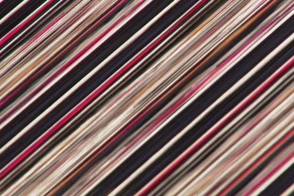 Les filatures Jules Tournier sont spécialisées dans le tissu zéro défaut, pour le très haut de gamme.
