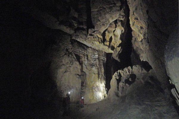 La grotte des Cavottes est un lieu bien connu des spéléologues