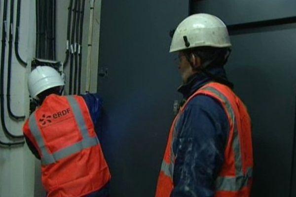 ERDF, chargée de la distribution de l'électricité recrute dans le Nord Pas-de-Calais.