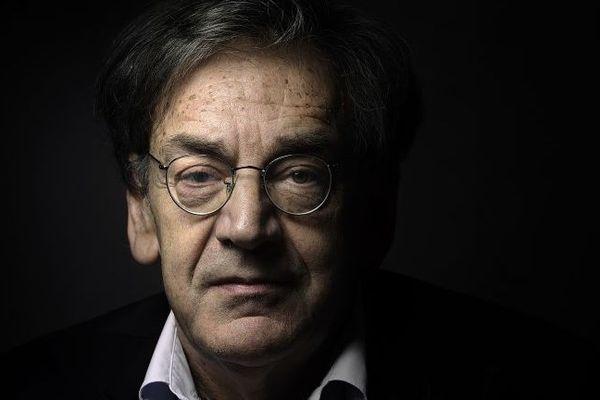 """Alain Finkielkraut a été victime d'insultes, notamment antisémites, en marge de """"l'acte XIV"""" des gilets jaunes."""