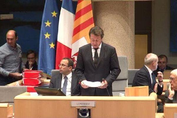 """Le conseil régional de Paca, présidé par Christian Estrosi (Les Républicains) a adopté ce jeudi une motion présentée par sa majorité contre l'accueil de migrants, votée également par l'opposition FN, qui n'en a pas moins crié au """"plagiat"""""""