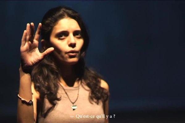 X-Adra, des prisonnières syriennes racontent leurs histoires à la Renaissance de Mondeville