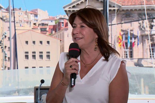Michèle Rubirola lors de son premier entretien en tant que maire au lendemain de sa victoire.