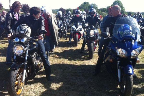 Messe puis bénédiction des motos. Le rassemblement est aussi l'occasion de faire la fête avec des concerts et des spectacles