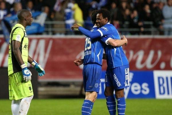 La joie des joueurs troyens, après leur victoire sur Bordeaux.