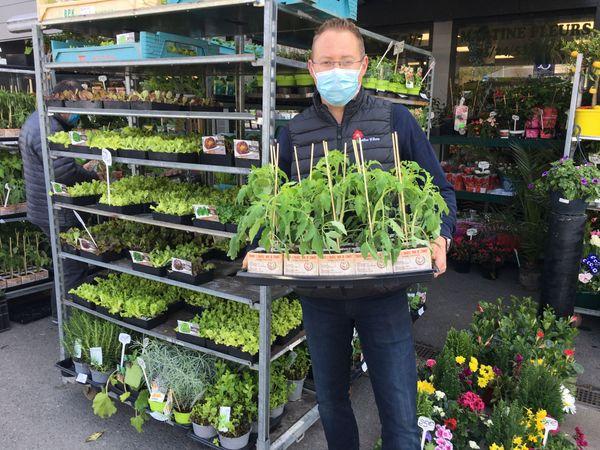 Le retour aux produits naturels de la terre incitent de nombreuses personnes à se lancer dans de petites productions personnelles. Sébastien Lavernhe.