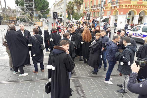 Les avocats du barreau de Nice ont également participé à la manifestation.