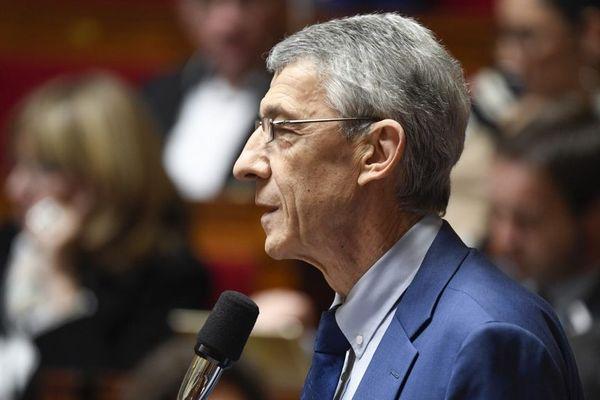 Ce mardi 17 septembre, à l'Assemblée nationale, le député Michel Castellani a interpellé la ministre des Transports quant à la hausse des prix des carburants.