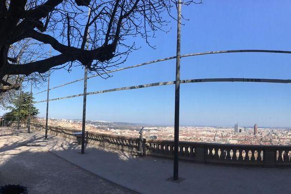 Personne sur l'esplanade de Fourvière (Lyon 5e) 18/03/20