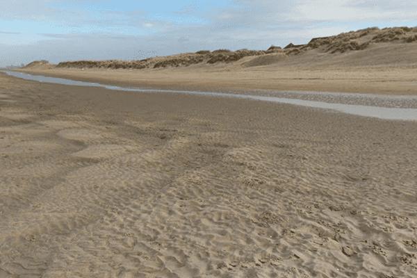 L'adolescent s'était retrouvé enseveli alors qu'il était en train de cresuer un tunnel dans les dunes d'Oostduinkerke