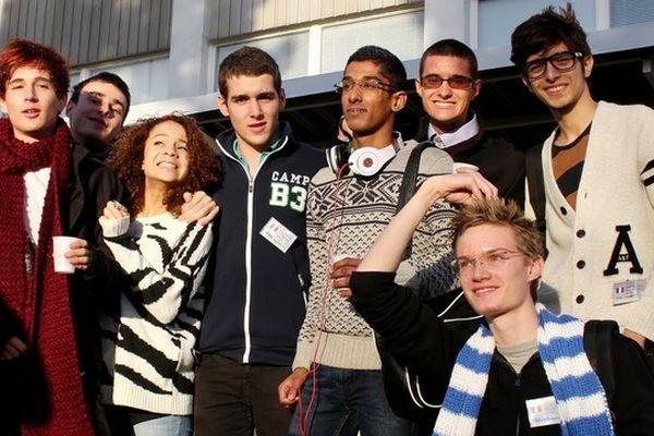 La délégation composée des 8 lycéens niçois