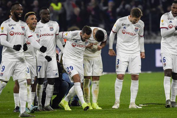 Les Lyonnais après leur qualification pour la finale de la Coupe de la Ligue.