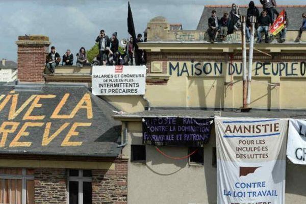 Maison du peuple occupée à Rennes