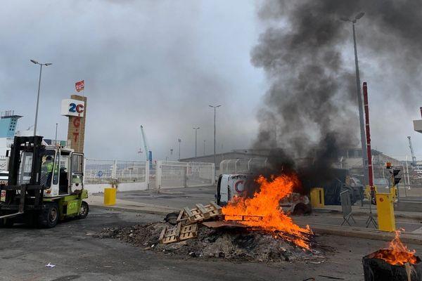 22/01/2020. Le Grand port maritime de Marseille-Fos, premier port de France en tonnage, bloqué contre le projet de réforme des retraites.