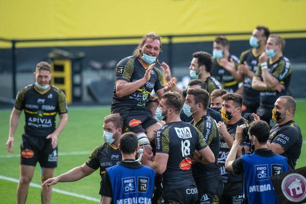 Zeno Kieft célèbre cette victoire contre Pau et son dernier match au stade Marcel Deflandre