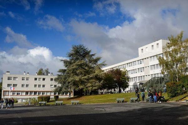 Le Lycée et Collège Edouard Vaillant à vierzon (Cher)