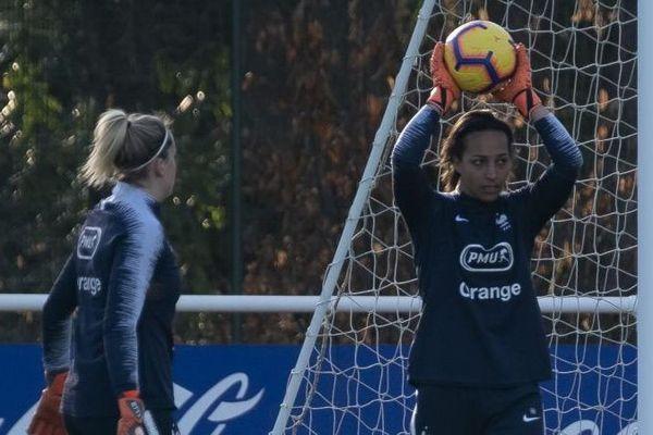 Entraînement de l'équipe de France de football féminin le 24 février 2019.