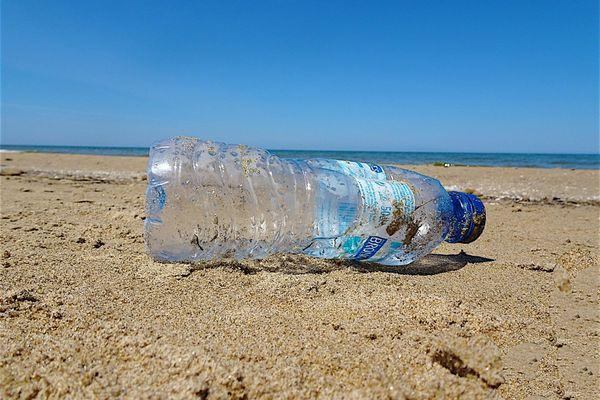 Dix millions de tonnes de plastiques finissent chaque année en mer