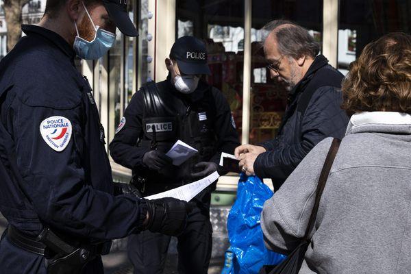 Une attestation en version numérique pourra être présentée sur smartphone ou tablette aux policiers.