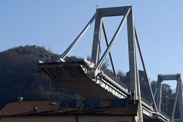 Le cas du pont Morandi à Gênes, dont le démantèlement doit démarrer vendredi, est particulièrement complexe.