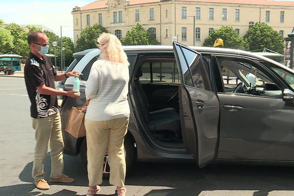 Pour les Bitterois, le taxi est gratuit pour aller au restaurant