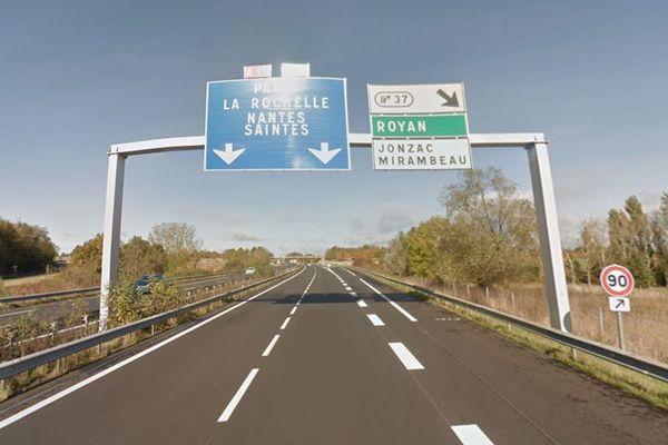 Autoroute A10 au niveau de Mirebeau