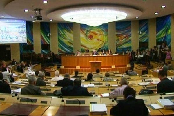 L'hémicycle du Conseil Régional de Lorraine à Metz (57) sera bientôt une coquille vide ?