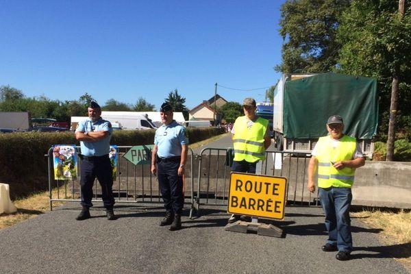 Une trentaine de gendarmes et d'agents de sécurité surveillent la foire de chambérat