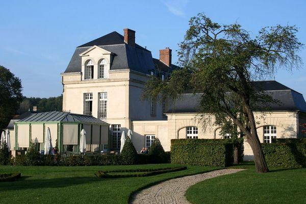 Le Château de Courcelles est au Relais et Château depuis 2006.