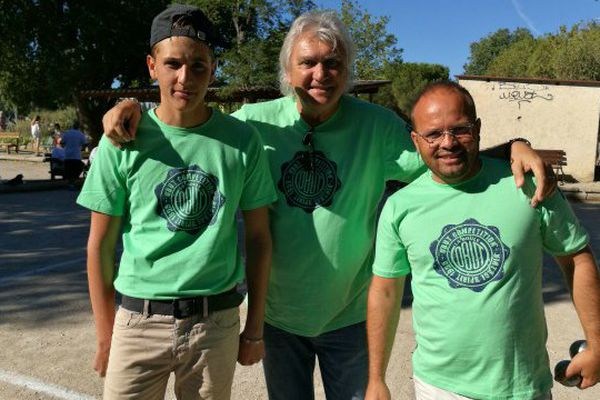 Le triplette emmenée par Marco Foyot, une équipe composée de trois générations de boulistes.