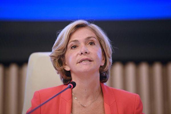 Valerie Pécresse s'adresse aux élus de la région IDF le 2 juillet 2021 à Saint-Ouen.