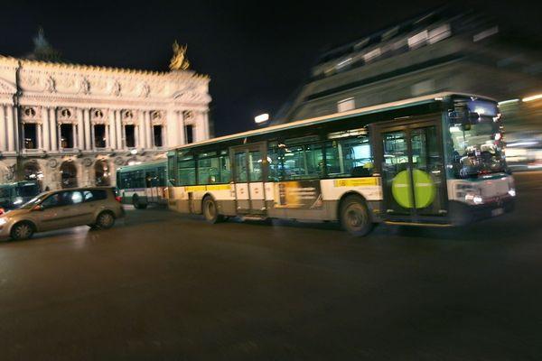 Malgré la grève, les lignes du Noctilien doivent être renforcées pour la nuit du réveillon (illustration : bus).