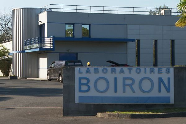 L'usine Boiron de Pau fait partie des 31 sites que le groupe pharmaceutique fermera d'ici la fin de l'année.