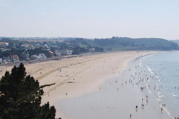 La plage Caroual à Erquy