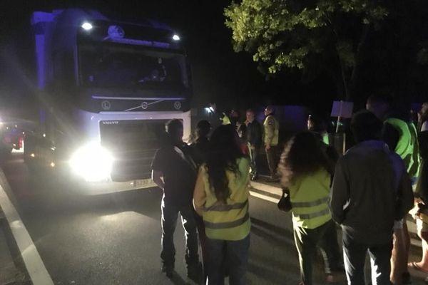 Les manifestants contestent le transport de produits toxiques sur les routes de montagne