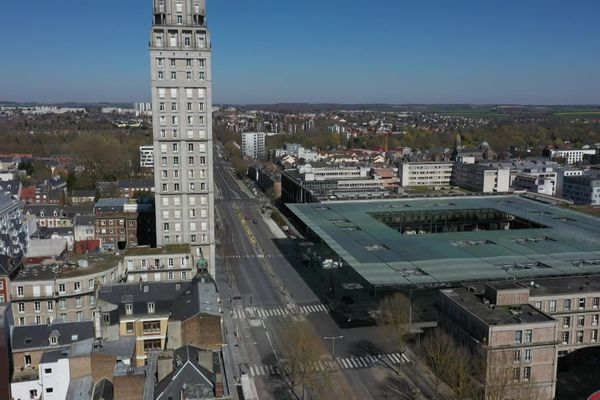 """Le 11 mai à 18h, la """"ballade du 3ème type"""" partira de la place de la gare à Amiens."""
