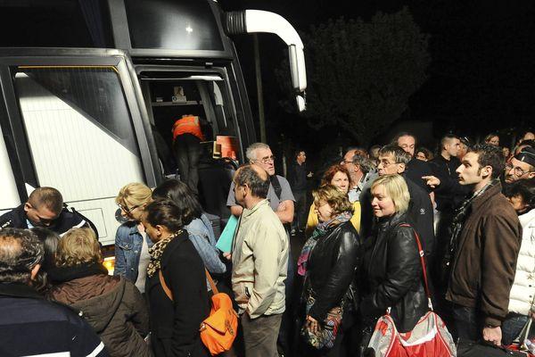 Les voyageurs évacués hier
