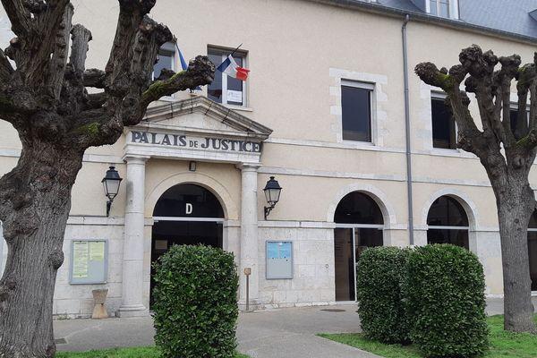 Le Palais de justice de Montargis (Loiret)