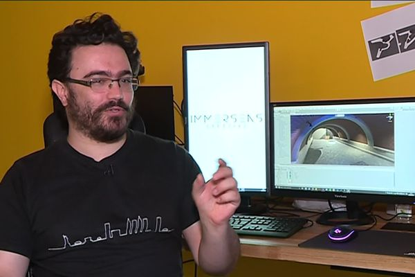 Julien Barbe, designer de jeux video au sein de la start up toulousaine Immersens